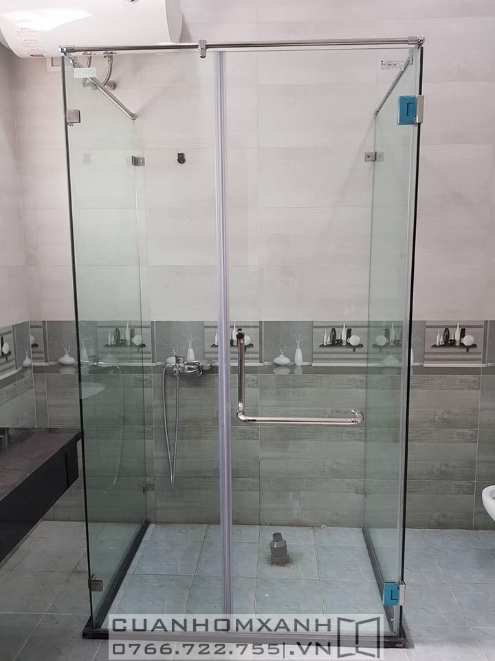 Phòng tắm kính mở quay